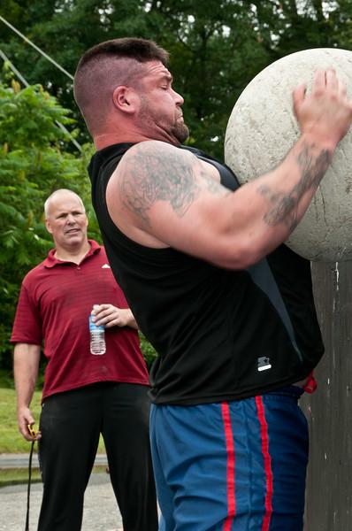 Fitness Revolution Strongman Challenge 2011_ERF4440.jpg