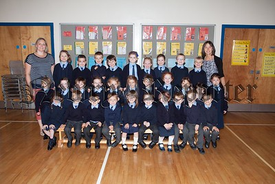 Primary 1 Pupils at Windsor Hill PS Newry with Mrs Jennett and Mrs Moore. R1638010