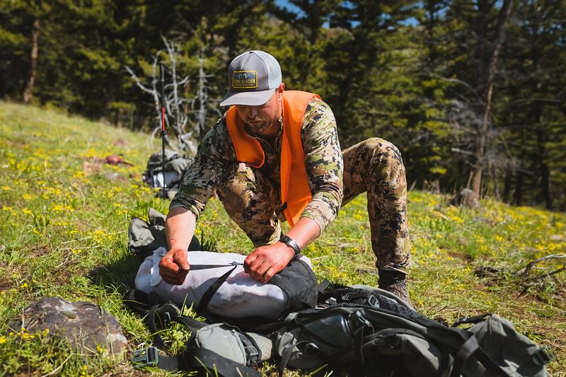 Sam Averett (@samaverett) packing out his 2019 Montana Spring Bear.