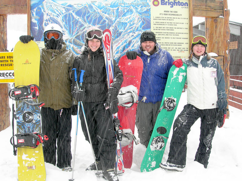12/30 - One last group shot with everyone's snowboards and Jessica with her skis. I skied also. I gave up snowboarding after breaking my tailbone many years ago.