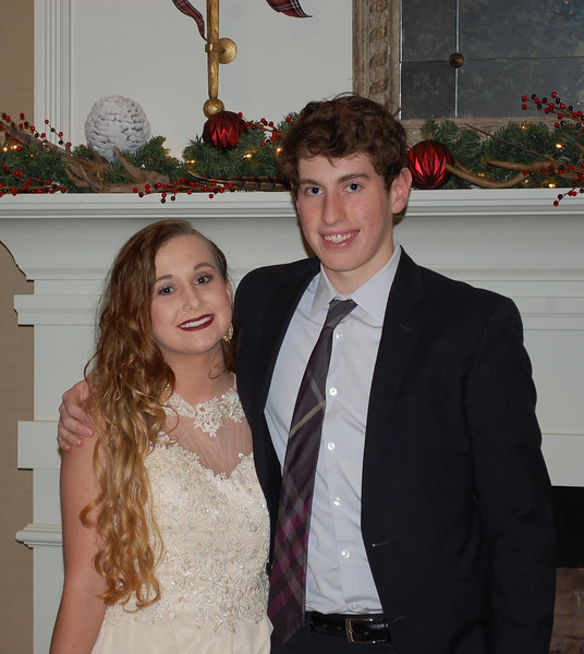 2016_12_03_Winter Formal38.jpg