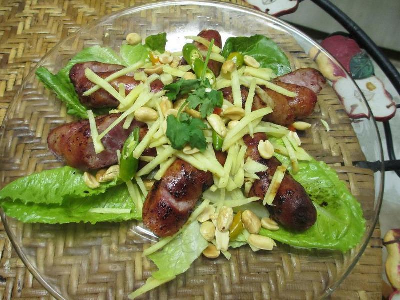 thai rock sausage.jpg