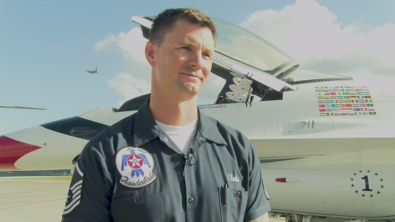 Thunderbirds make stop at Dobbins for Rome Airshow