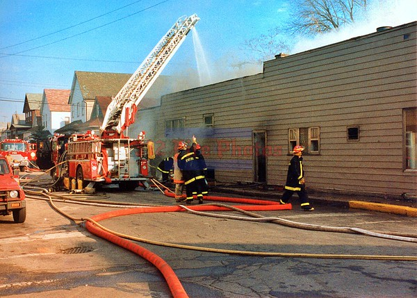 Whiting, Indiana Working Fire 1929 New York Ave. 1995