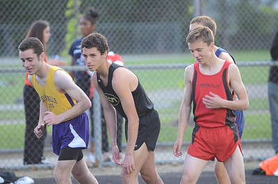 Boys' 3200 - 2014 Macomb Daily Meet of Champions