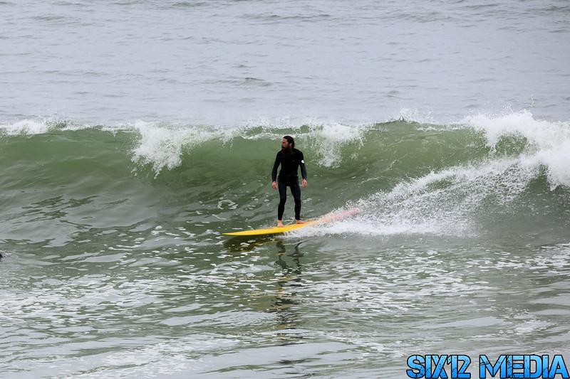 Gladstones Surf-06.jpg