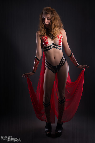 2015 11 07_Madi Red Black Tape Project_5809a1.jpg