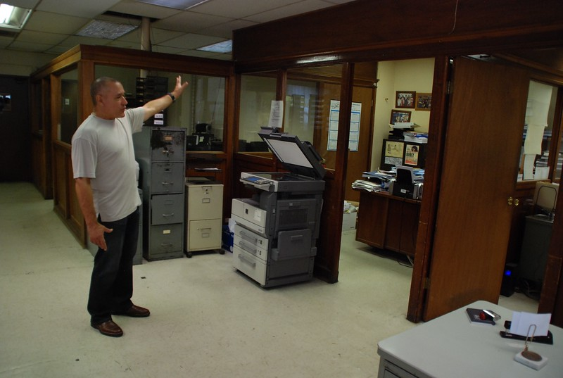 2010, Offices Tour