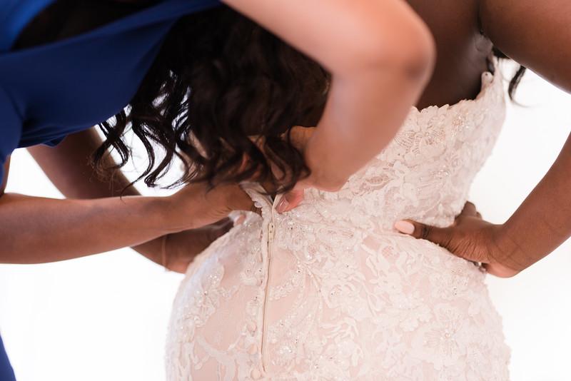 Lachniet-MARRIED-a-Pre-Ceremony-0232.jpg