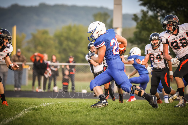 GC Football vs Elk Mound-0273.JPG