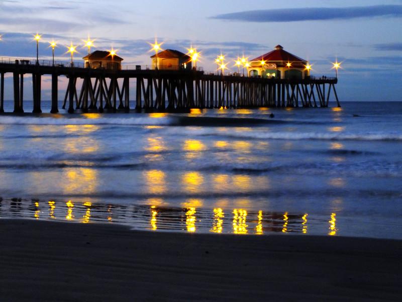 Dawns Light Huntington Beach Pier.jpg