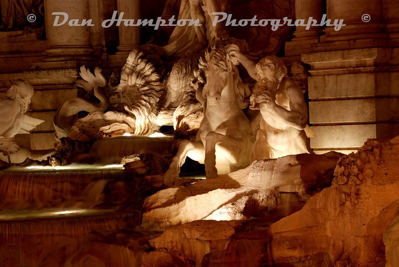 Trevi_Fountain (3).jpg