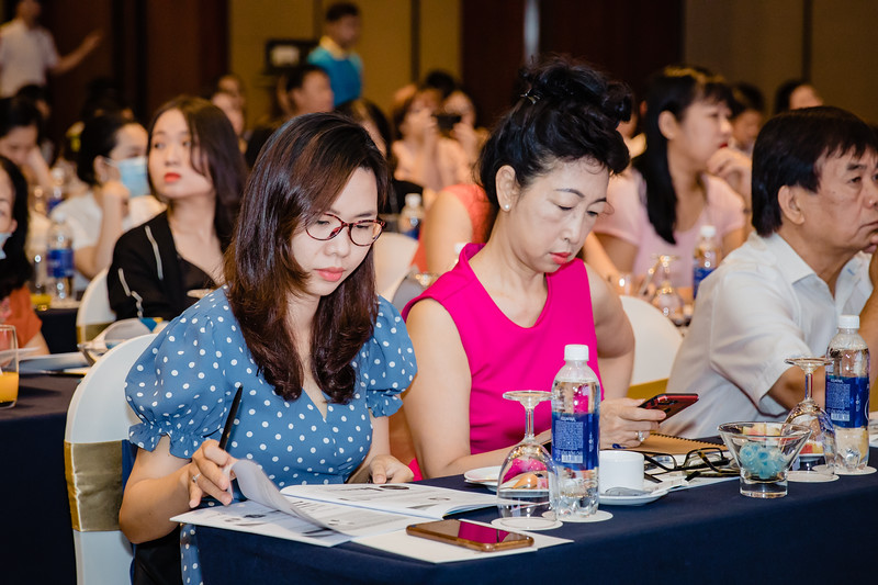 Boehringer-Ingelheim-Vietnam-Chup-hinh-su-kine-chup-hinh-hoi-thao-chup-hinh-phong-su-event-roving-photography-Photobooth-Vietnam-035.jpg
