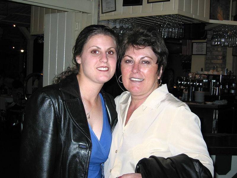 moms-visit-6-2002-001.jpg