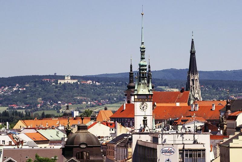 Svatý Kopeček, radnice a katedrála sv. Václava
