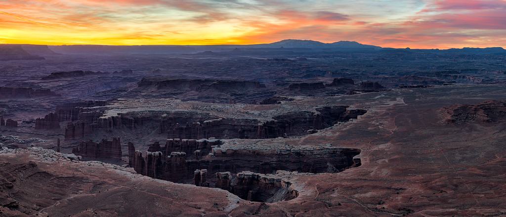sunsets from utah canyonlands national park