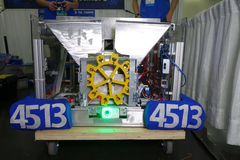 4513gearmech-RoboticsCompetitionNews.jpg