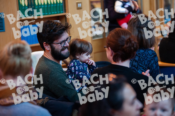 ©Bach to Baby 2019_Laura Woodrow_Bromley_2019-11-12_ 15.jpg