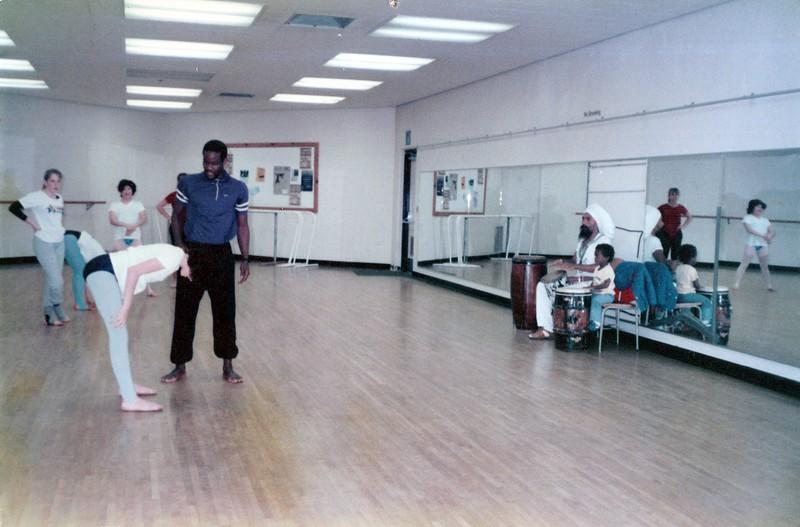 Dance_0417_a.jpg