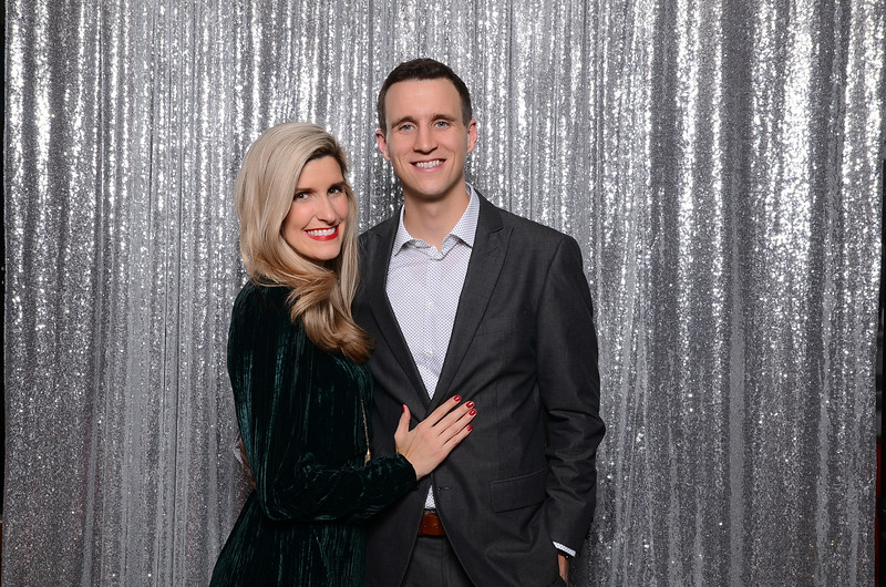 nwg residential holiday party 2017 photography-0128.jpg