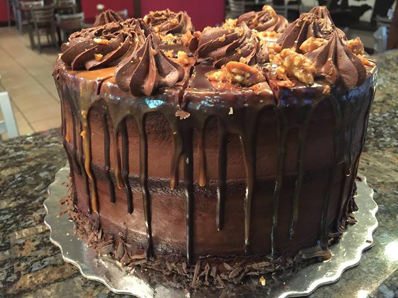 FullCircleEatery_Cake.jpg