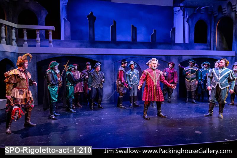SPO-Rigoletto-act-1-210.jpg
