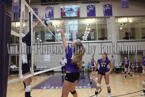 Volleyball Varsity Sept 3 2013