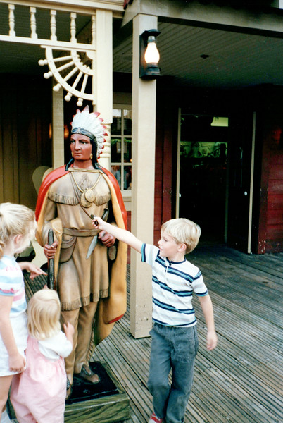 1989_January_Disney World_0009_a.jpg