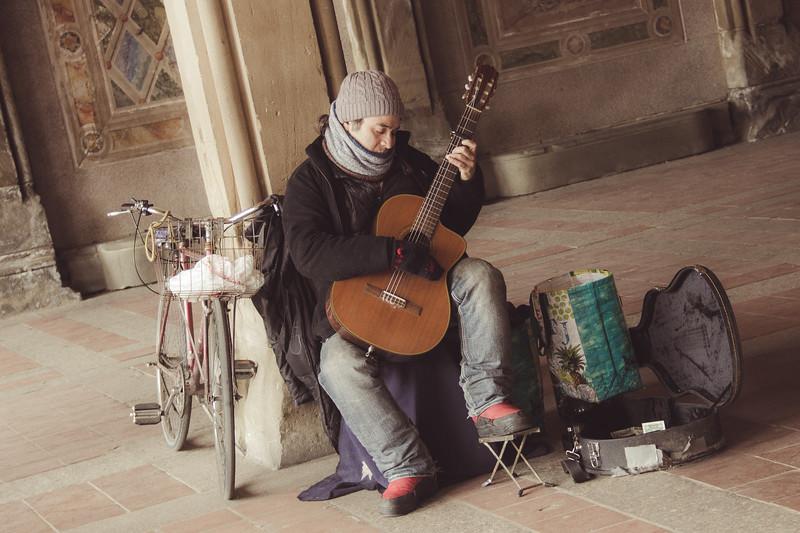 Central Park Guitar Player -2845.jpg