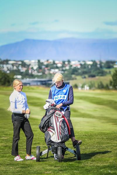 GR, Perla Sól Sigurbrandsdóttir, Signý Marta Böðvarsdóttir.  Íslandsmót í golfi 2019 - Grafarholt 2. keppnisdagur Mynd: seth@golf.is