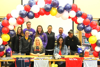 Center Lady Riders Jasmine Cooks & Kalei LaRock ink college letters of intent