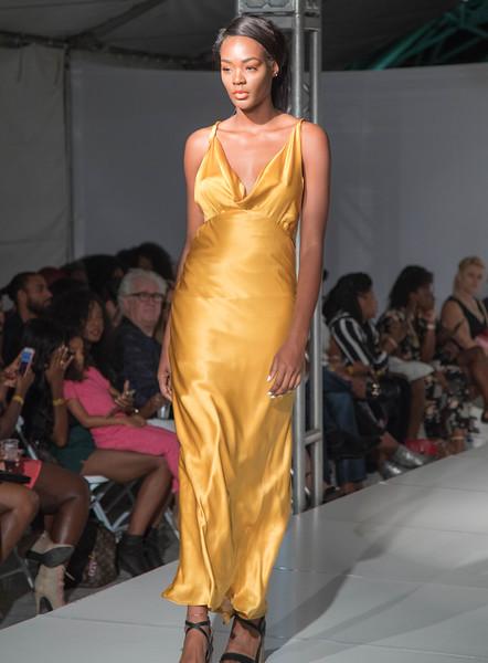 FLL Fashion wk day 1 (14 of 134).jpg