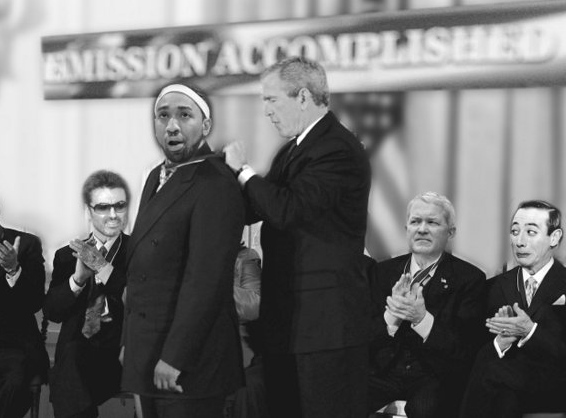 . Former Timberwolves great Eddie Griffin receives the Loop Medal of Freedom from then-President Bush in a faux White House ceremony in 2006, surrounded by fellow self-players George Michael, left, Rep. Mark Foley and Pee Wee Herman, right. (Pioneer Press photo illustration)   <br><p> FIRST � A LOOK AT LOOP MVPs THROUGH THE YEARS   <p> 2012: Lance Armstrong* <p> 2011: Charlie Sheen and Anthony Weiner* <p> 2010: Brett Favre  <p> 2009: Tiger Woods <p> 2008: Glen Taylor and Kevin McHale <p> 2007: Michael Vick <p> 2006: Eddie Griffin <p> 2005: Minnesota Vikings <p> 2004: Latrell Sprewell <p> 2003: Joe Smith   <p><i>* unofficial designation</i>    <p> NOW, ON WITH THE COUNTDOWN �