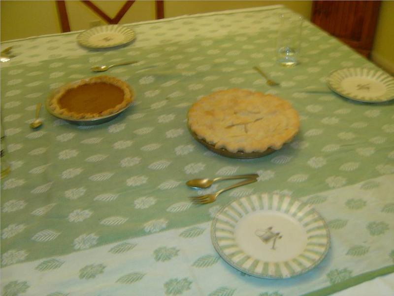 DSC03550-Dessert-Thanksgiving-Kingsville TX- Nov 2008.jpg