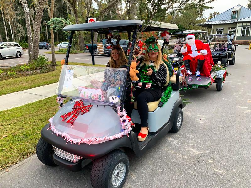 RiverTown Christmas Golf Cart Parade