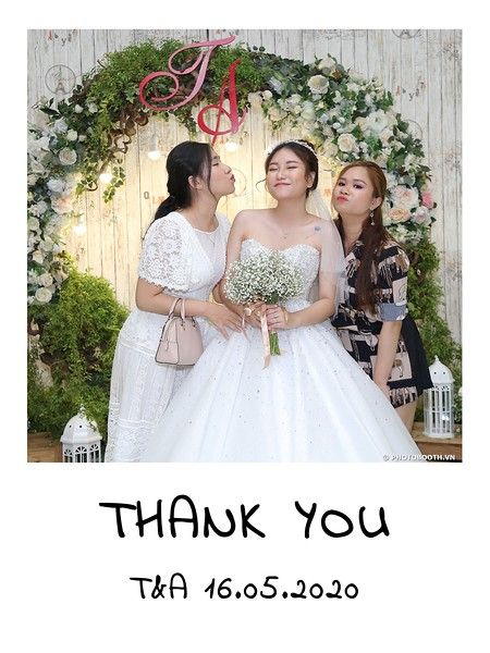 TA-wedding-instant-print-photo-booth-at-Revierside-Palace-Quan-4-Chup-hinh-in-anh-lay-lien-Tiec-Cuoi-060.jpg