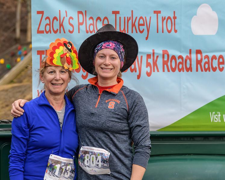 2019 Zack's Place Turkey Trot -_8507830.jpg