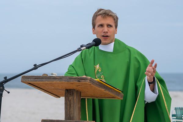 Beach Mass Celebrated by Fr. Dominik Wegiel | 08.29.21