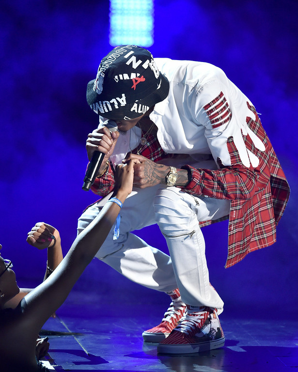. Singer August Alsina performs onstage during the BET AWARDS \'14 at Nokia Theatre L.A. LIVE on June 29, 2014 in Los Angeles, California.  (Photo by Kevin Winter/Getty Images for BET)