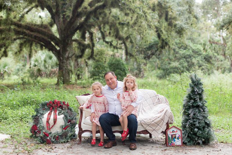 Holiday Minis- Bogie Family-18.jpg