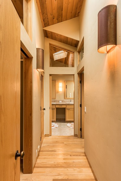 Entry Master Bedroom