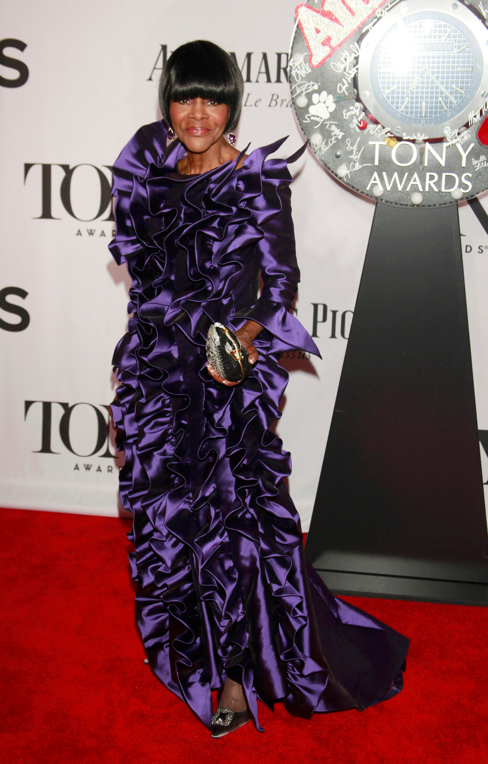 ". Actress Cicely Tyson, nominated for best performance by an actress in a leading role in a play for ""The Trip to Bountiful\"" arrives to the American Theatre Wing\'s annual Tony Awards in New York June 9, 2013. REUTERS/Carlo Allegri"