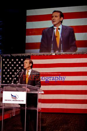 Gingrich Pawlenty Santorum Cain Roamer