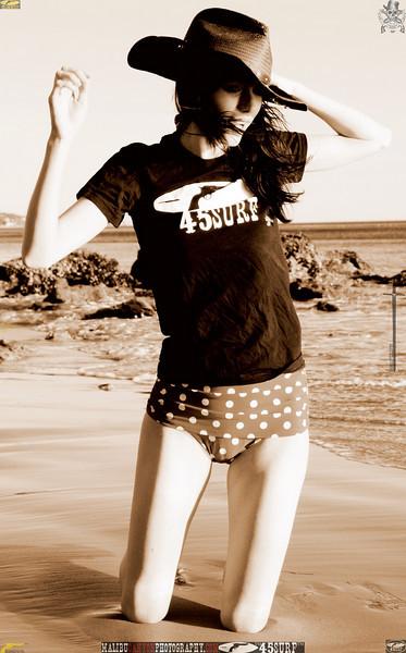 matador swimsuit malibu model 1437.books.books.bookbest.bw...jpg