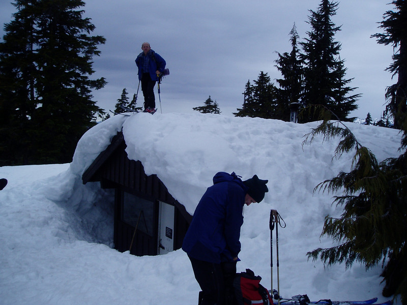 On the roof of Red Heather Shelter