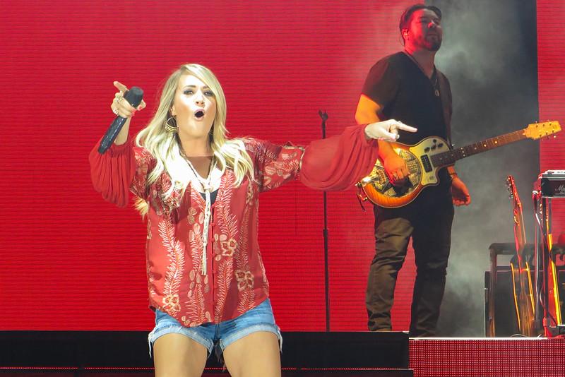 Carrie Underwood-88268.jpg