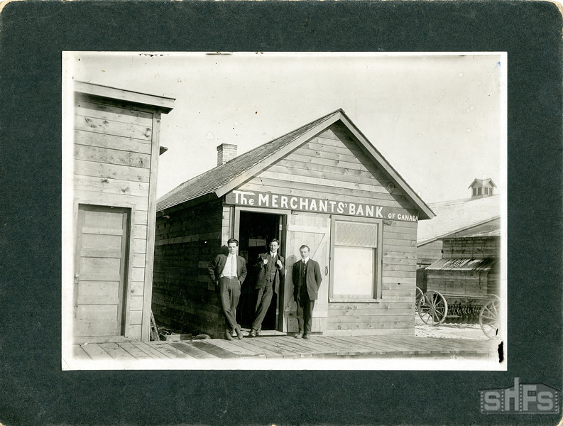 [The Merchant's Bank of Canada, Kisbey, around 1915]