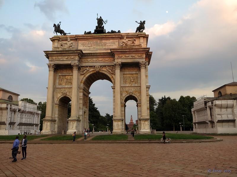 04 Milano.jpg