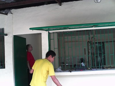 The Payatas Baptist Healthcare Clinic - Starting to be buil