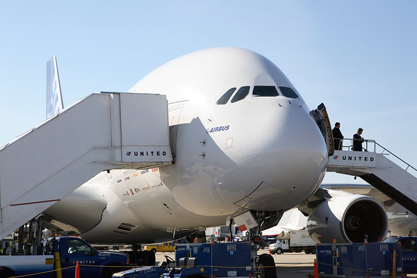 Airbus a380 visits Ohare Now With Video